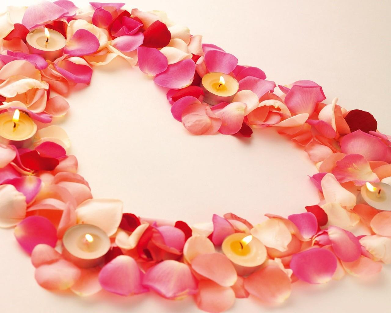 Открытки с лепестками роз