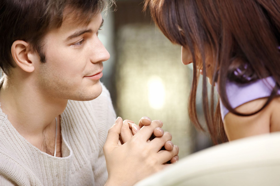 Как намекнуть человеку, что любишь его?