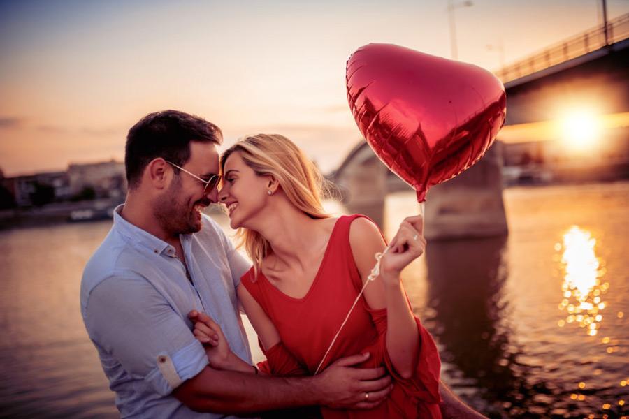 5 признаков того, что он не притворяется, а действительно влюблен
