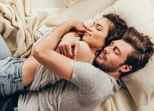 8 вещей, которые делают только искренне любящие пары