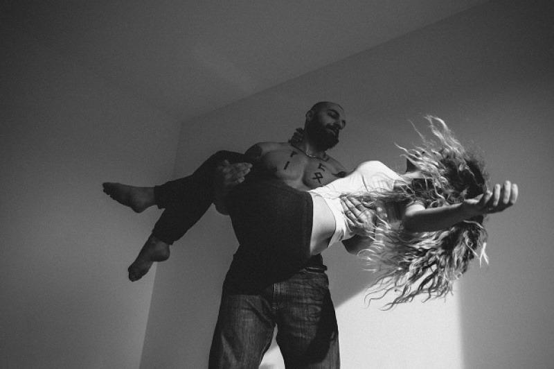Этот фотограф снимает любовь как она есть