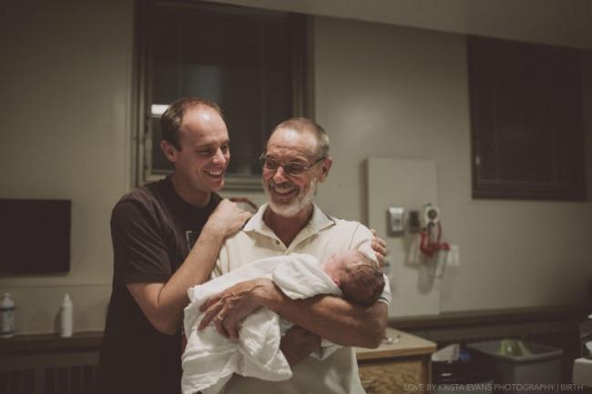 Три поколения мужчин впервые на одной фотографии.
