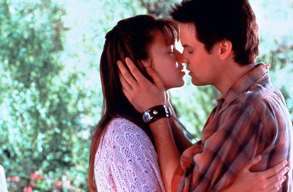 Кадры из фильма «Спеши любить»