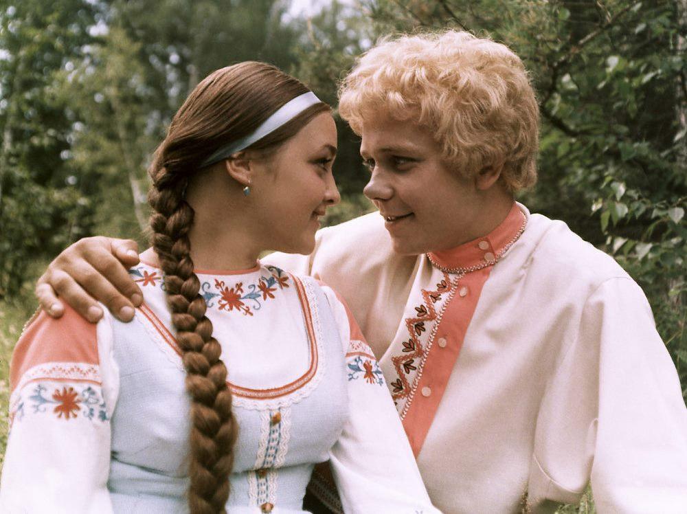 Кадры из фильма «Варвара-краса, длинная коса»