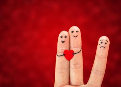 Сдаться такой любви – это слабость