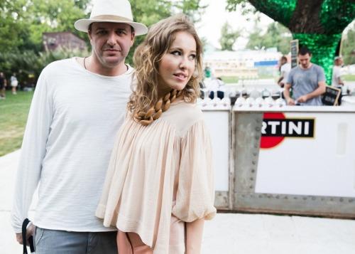 Ксения Собчак и Максим Виторган в солнечной Испании