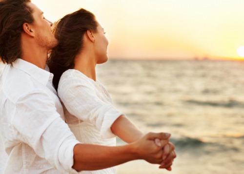 15 историй о том, с чего начинается любовь
