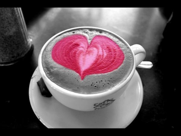 Обои о любви: Сердце капучино