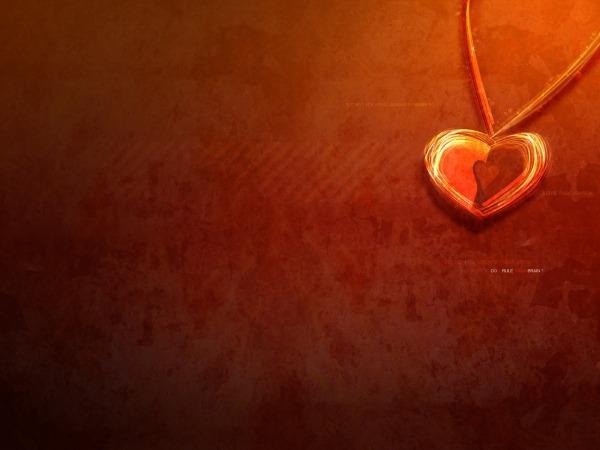 Обои о любви: Кулон сердечко