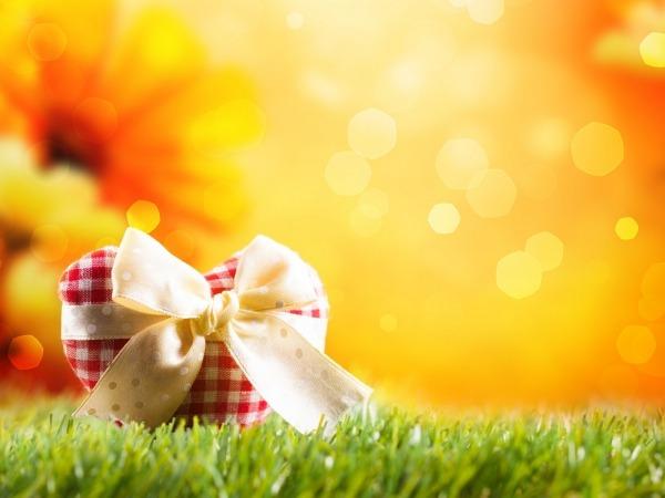 Обои о любви: Сердце в подарок