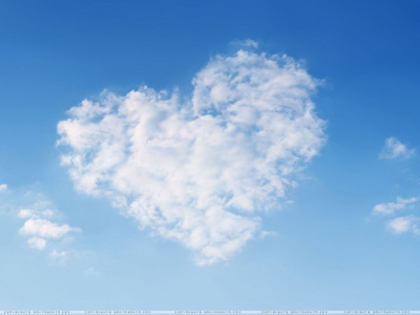 Обои о любви: Сердце из облаков