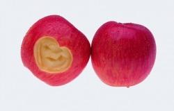 Обои о любви: Яблоки
