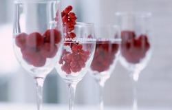 Обои о любви: Сладкие ягоды