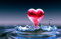 Обои о любви: Сердце в воде