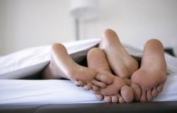 Обои о любви: Четыре пятки