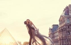 Обои о любви: Влюбленные в Париже