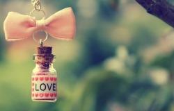 Обои о любви: Любовь в бутылочке