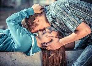 8 вещей, которые делает ваш партнер, если любит безусловно