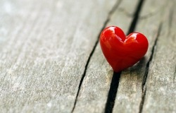 Обои о любви: Красное сердечко